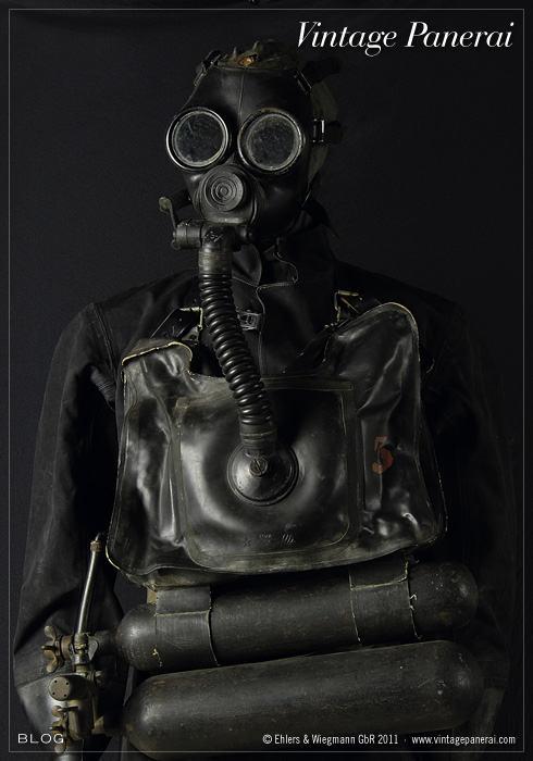 Kerrians Notebook P 119 What Does A Firefighter Wear also Diving cylinder likewise Prodinfo further Do Artificial Gills Exist besides Category. on oxygen tanks for breathing